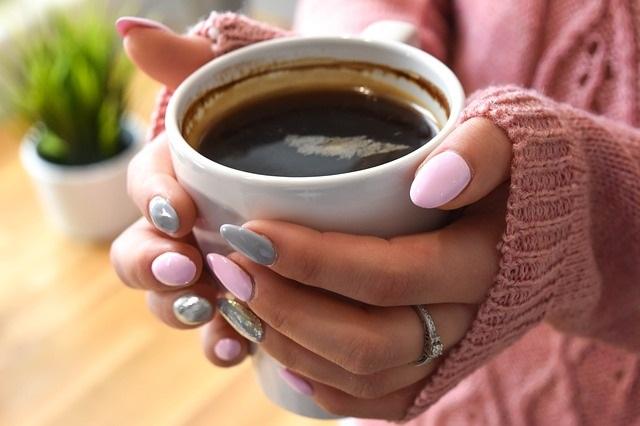 Newsymom Stock – Coffee-THINK-MORNING-MOTHERHOOD-MOM-PIXABAY