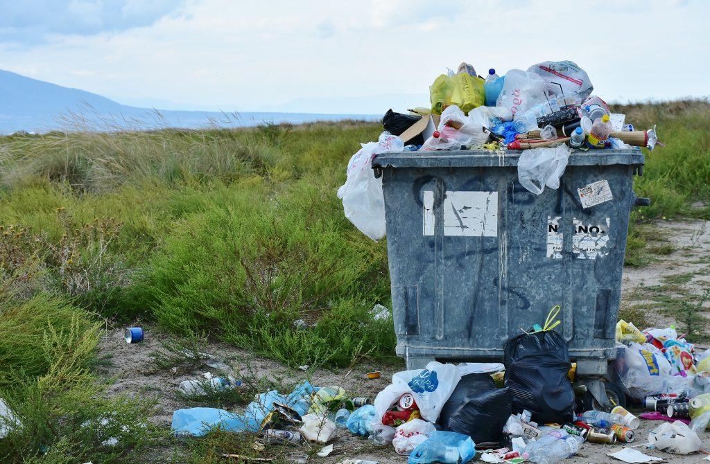 garbage-2729608_1920-PIXABAY