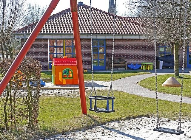 daycare-child care-babysitter-kindergarten-Pixabay-Preschool