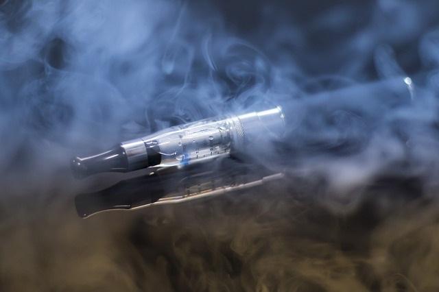 e-cigarette-smoking-smoke-tobacco-Pixabay