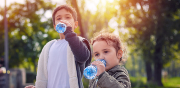 Kids-Water-Hydrated-Summer-Canva Photo-Can Reuse