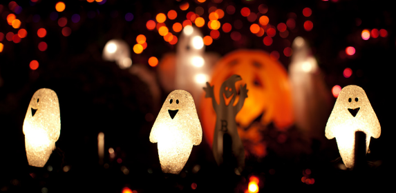 halloween-trick or treat-october-fall-ghosts-spookey-canva photo-can reuse