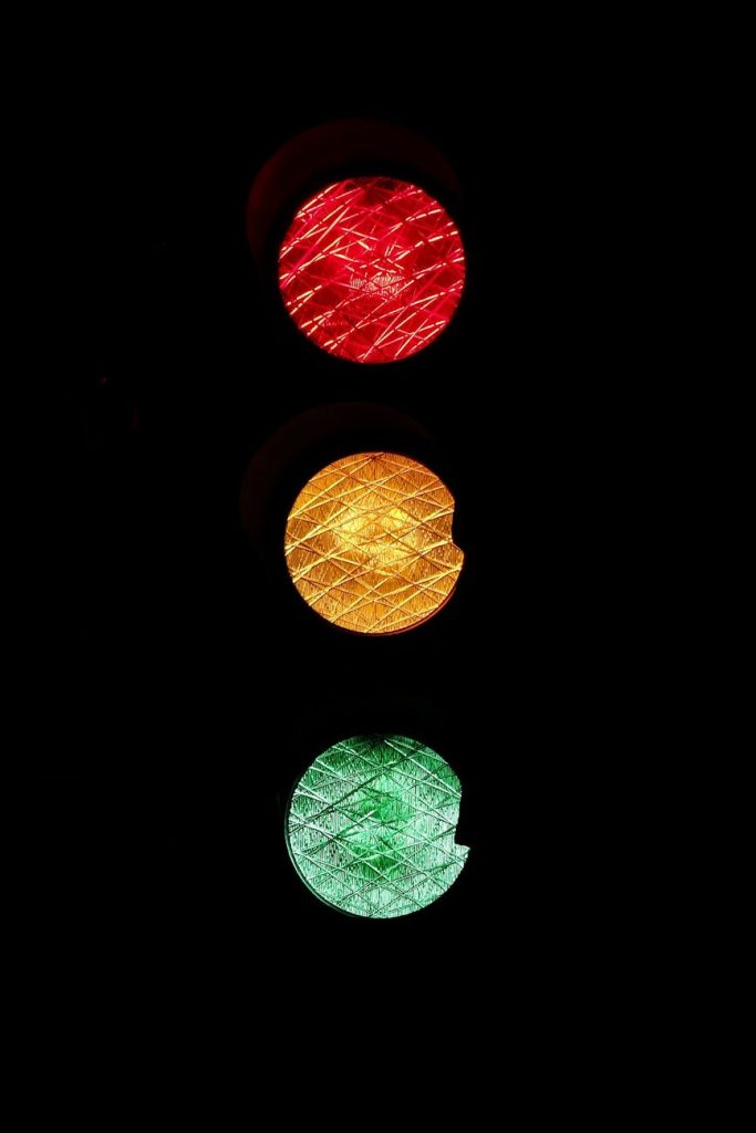 traffic-lights-road-sign-red-yellow-46287-1