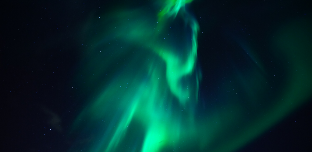 northern lights-alaska-light-can reuse-canva photo