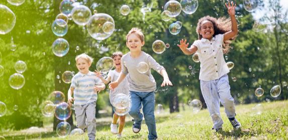 kids-children-playing-outside-summer-fun