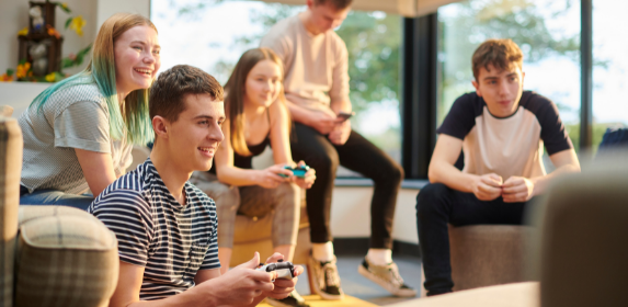 teenagers-games-activities-events-dover-library-teen-tuesdays