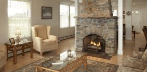home-house-livingroom-cozy