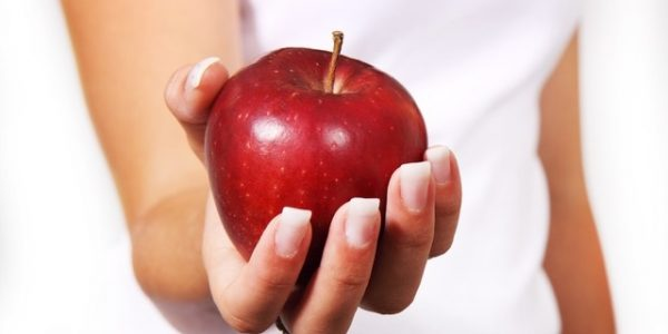 apple-2391_640-health-give-snack-food-eat