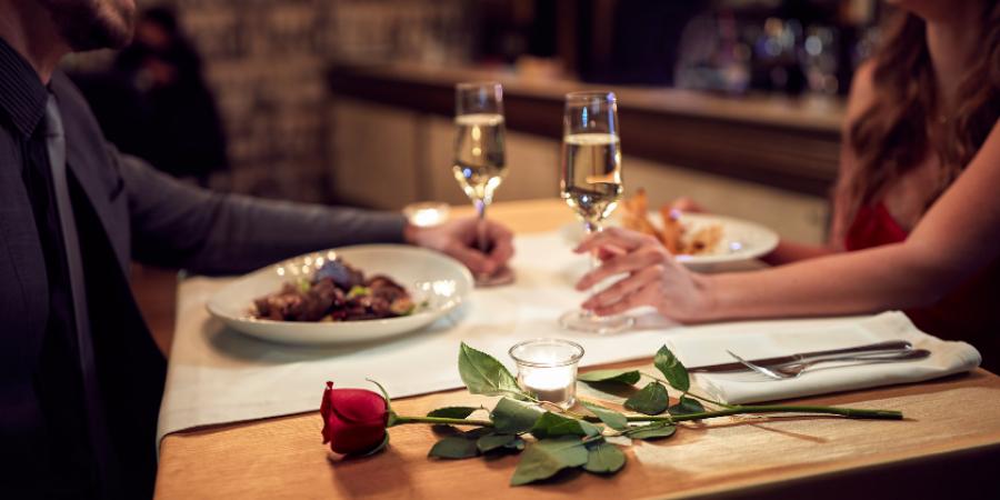 dinner-romance-canva photo-date night