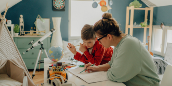 homeschooling-education-mother-teacher-learn-student